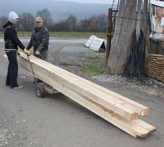 Doprava reziva s malým vozíkom