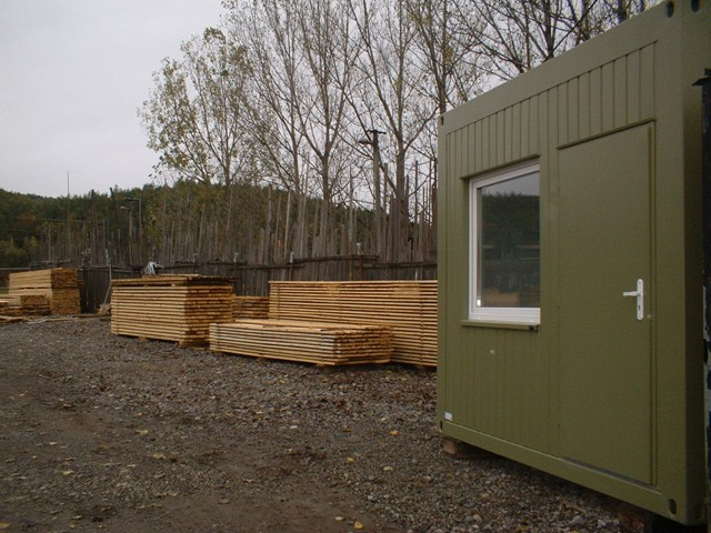 Kancelária predajne dreva