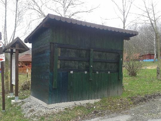 Malá drevená stavba