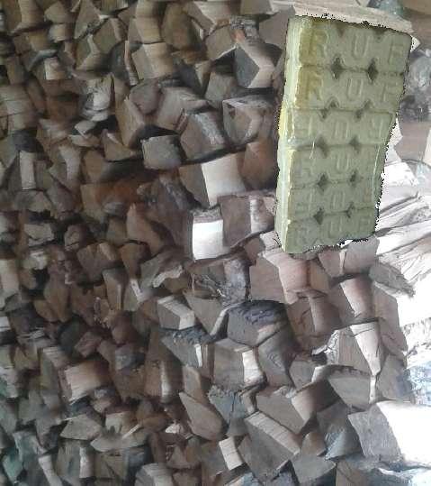 Porovnanie spotreby palivového dreva a drevených brikiet