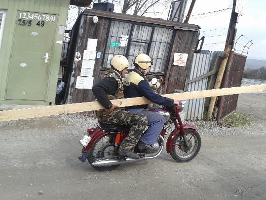 Preprava reziva na motorke