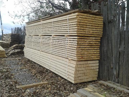 Smrekové drevené hranoly